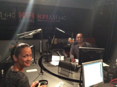 <em>The Mo&#8217;Kelly Show</em> &#8211; Mo&#8217;Kelly Sides with Donald Trump! (SAY WHAT?! &#8211; Not a Joke) * Anne-Marie Johnson Celebrates SAG-Aftra Ralph Morgan Award (AUDIO)